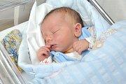 Adam Jakub Ščučka se narodil 17. dubna v 22.33 hodin. S rodiči Radkou Glotzmannovou a Jakubem Ščučkou bude doma v Krasíkově. Chlapeček vážil 3,400 kg.