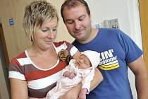 Ema Chadimová bude doma s rodiči Petrou Vašinovou a Martinem Chadimou v Dolních Libchavách. 28. září ve 12.20 si na svět přinesla 3,25 kg.