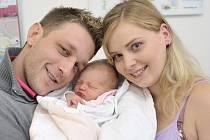 Victoria Lesáková bude doma ve Vysokém Mýtě s rodiči Danou Mlčochovou a Radovanem Lesákem. Holčička se s hmotností 2,866 narodila 17. října v 8.54 hodin.