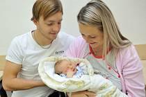 Daniel Beneš je první radostí pro Denisu Chlajnovou a Michala Beneše ze Sopotnice. Když se 8. října v 8.32 narodil, vážil 3,64 kg.