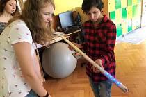 Studentky představily rehabilitační pomůcku