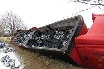 Kamion, který havaroval mezi obcí Třebovice a Českou Třebovou.