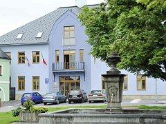 Radnice v Letohradu. Ilustrační foto.