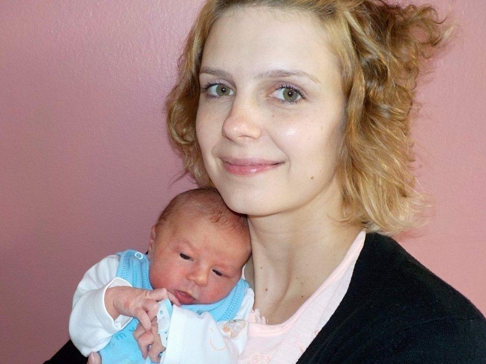 Felix Svoboda je po Domče další přírůstek do rodiny Ireny a Leoše z Písečné. S váhou 3470 g se narodil dne 13. 12. v 3.02 hodin