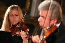 Jaroslav Svěcený a jeho dcera Julie byli hlavními protagonisty úvodního koncertu festivalu Kocianovo Ústí 2011.