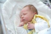 Adam Coufal je po Martinovi a Filípkovi třetím synem Petry a Milana z Lanškrouna. Narodil se 24. 10. ve 14.23, kdy vážil 3,420 kg.