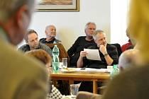 Zasedání zastupitelstva ve Vysokém Mýtě.
