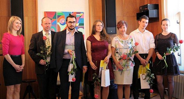 """Základní umělecká škola v Jablonném nad Orlicí """"vypravila do života"""" další studenty."""