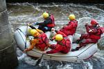 Pastvinská přehrada prověřila fyzické i psychické schopnosti dvanácti týmů z celé České republiky.