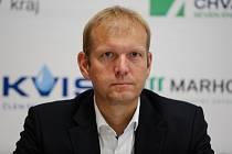 Dušan Salfický, sportovní ředitel HC Dynamo Pardubice.