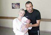 KRISTÝNA VLČKOVÁ se narodila 5. května ve 3 hodiny a 39 minut. Měřila 47 centimetrů a vážila 2870 gramů. Na maminku Terezu a malou Kristýnu čeká doma v Pardubicích tatínek Martin a dvanáctiletý Viktor.