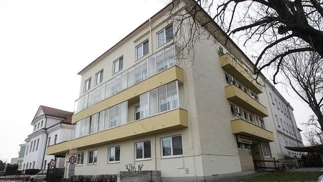 Domov pro seniory U Kostelíčka ve Štrosově ulici v Pardubicích.