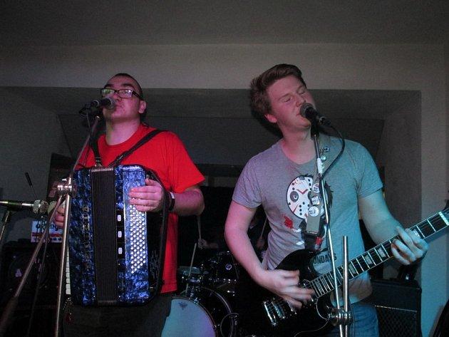 V Ponorce bude v sobotu nálož punkové muziky, včetně polské.