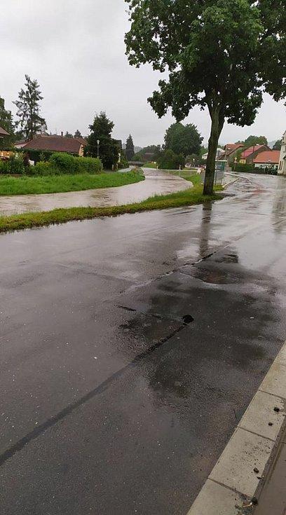 Stoupá i hladina potoka v Sušicích u Moravské Třebové