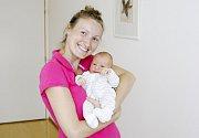 PETR LOPATA se narodil  26. července v  10:02 hodin mamince Blance a tatínkovi Janovi. Petříček vážil 3,58 kilogramu a měřil  50 centimetrů. Doma v Sezemicích na bratříčka čeká dvouletá Aneta.