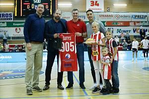 Radek Nečas se oficiálně rozloučil s hráčskou kariérou.