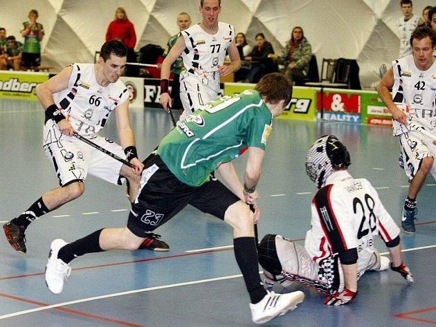 M&M reality Sokol Pardubice – GE-TRA Floorball club Liberec 2:5