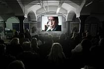 Febiofest v Pardubicích zakončila projekce filmu Občan Havel přikuluje v prostorách pardubického pivovaru