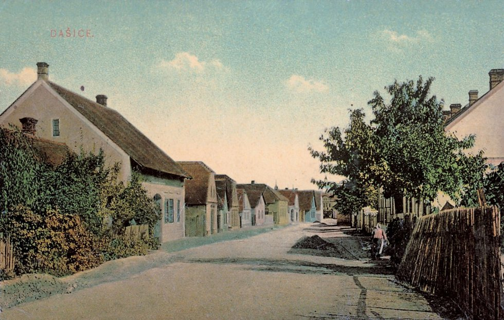 Kostěnická ulice.