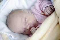 Eliška Minaříková se narodila 2. ledna v 17:23 hodin. Měřila rovný půlmetr a vážila 3490 gramů. Maminku Blanku u porodu podporoval tatínek Jiří a doma bude rodinka v Němčicích.