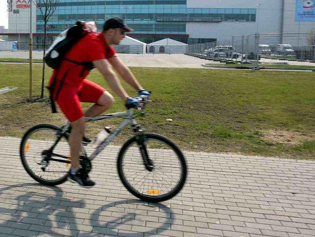 Cyklistika je stále oblíbenější.