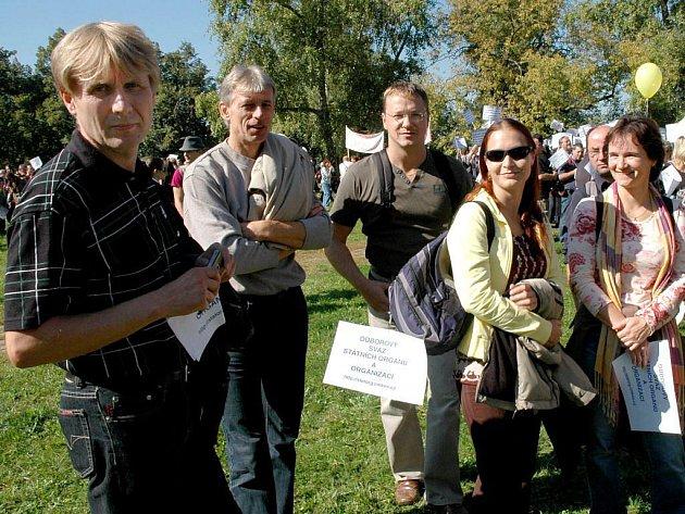 Protestovat v Praze byli také zaměstnanci Katastrálního úřadu Pardubického kraje