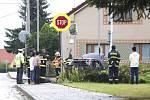 Nehodu v Ostřešanech nepřežila 38letá maminka půlročního dítěte. Záchranáři na místě bojovali také o život dítěte a řidiče.
