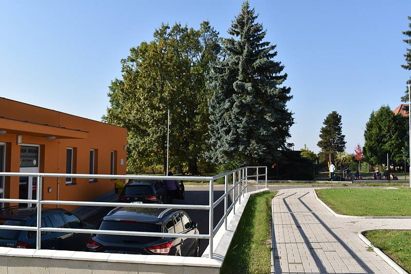 Obec Rohovládova Bělá financovala přesun kuchyně z vlastních zdrojů a dotace.