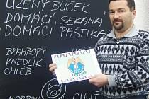 Michal Kurka s novým, dolnoředickým znakem, sokolské jednoty