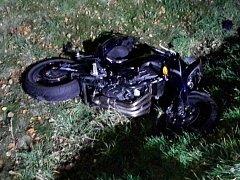 Nehoda motocyklisty u Sebranic měla bohužel tragický konec.
