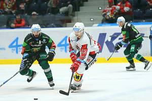Play out hokejové extraligy - 2. kolo: Pardubice - Karlovy Vary 5:1