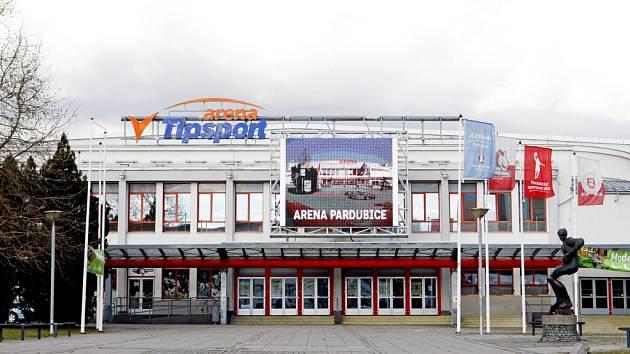 Tipsport Aréna v Pardubicích.