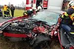 Nehoda komplikovala dopravu, záchranáři ošetřili tři osoby.