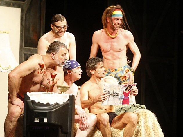 Sto repríz v pardubickém divadle odehráli herci v muzikále Donaha!