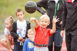 Dětský den s atletikou na Městském atletickém stadionu na Dukle.