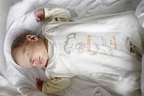 Eliška Geryková se narodila 28. února v 11:55 hodin. Měřila 50 centimetrů a vážila 2980 gramů. Maminku Marcelu u porodu podpořil tatínek Zdeněk a rodina je z Pardubic.