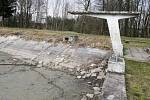 Koupaliště v Horním Jelení před rekonstrukcí.