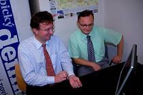 Na on-line rozhovor do Pardubického deníku dorazili radní Ivo Toman (vlevo) a Miloslav Macela (vpravo)