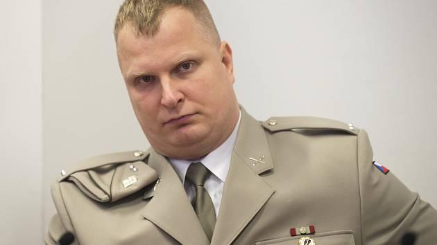 Erik Eštu - obžalovaný z terorismu