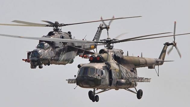 Vrtulníky Armády České republiky Mi-24 a Mi-171