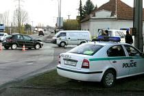 Střet dvou osobních automobilů na křižovatce ve Starém Hradišti