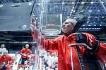 Trenér HC Dynamo Pardubice Milan Razým.