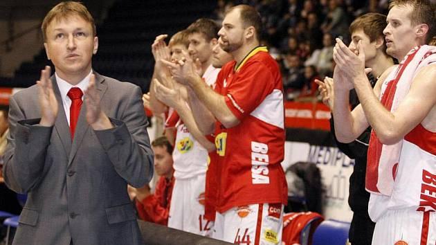 Basketbal: BK JIP Pardubice – BC Kolín 70:55.