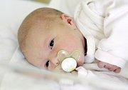 LAURA ŠIBRAVOVÁ se narodila 5. září v 16 hodin a 31 minut. Měřila 48 centimetrů a vážila 3080 gramů. Maminku Janu podpořil u porodu tatínek Jiří. Bydlí v Pardubicích.