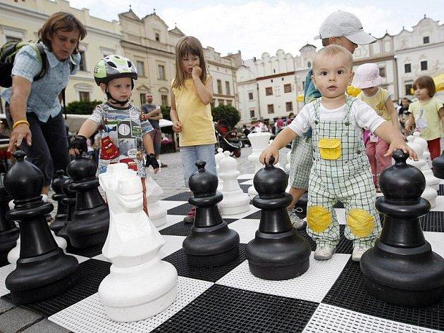 Pardubické hry na Pernštýnském náměstí