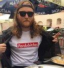 Poté jsme chtěli Pardubicím udělat celou značku oblečení, která se bude jmenovat Pardubickej lajf.