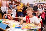 Slavností přivítání prvňáčků do školního roku na ZŠ Bratranců Veverkových.v Pardubicích.