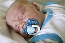 Daniel Čížek se narodil 15. července ve 13.34 hodin. Měřil 53 centimetrů a vážil 4030 gramů. Maminku Danu u porodu podpořil tatínek Lubomír. Na sourozence doma v Pardubicích čeká ještě sestra Angelika a bratr Radoslav.