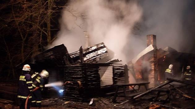 Likvidace požáru farmy Honzy Pokorného