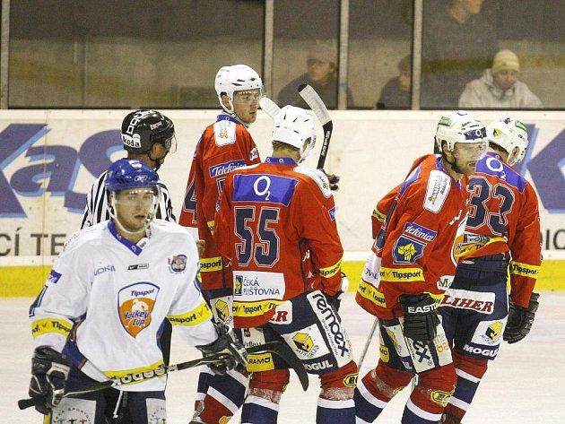 V přípravném zápase porazily Pardubice Kladno v poměru 4:2